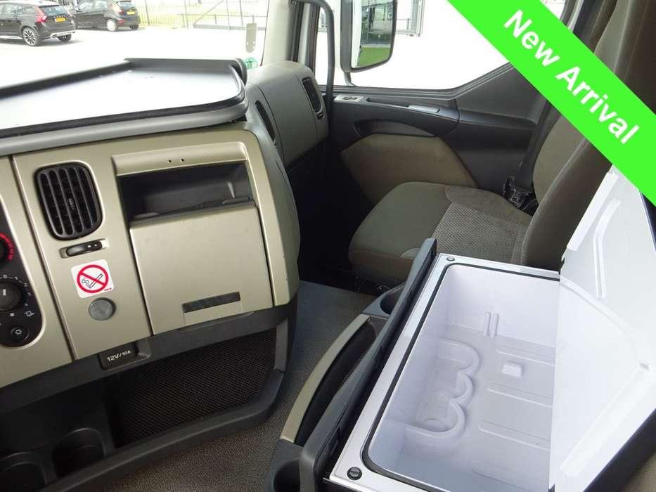 Renault PREMIUM 430 EEV Trucktransporter - 2013 - image 12
