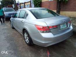 honda accord 2010 model very clean