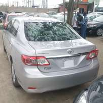 Toyota Corolla 2013 LE. Navigation/Reverse Cam. Direct tokunbo.