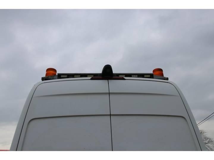 Mercedes-Benz SPRINTER 519 CDI - 103 122 KM - 2010 - image 12