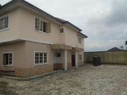 A semi detach 3 bedroom duplexes at presidential Estate