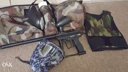 Spyder paintball gun wirh extras