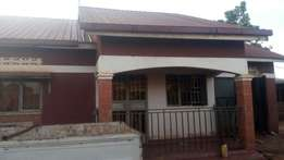 3bedrooms garage 2quarters on 50*100fts in Namugongo at 120m negotiab