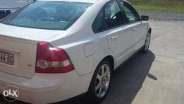 Volvo S40 T5 Forsale for R69 000.00