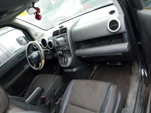 Nigerian used Honda Element 2004 Agege - image 6