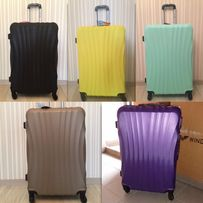 750 грн средний чемодан дорожная сумка 3e31233578e