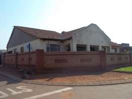 Four bedroom house with ensuite in CWJ, Soweto for sale, R720 000,