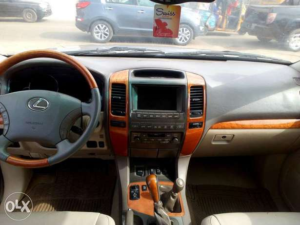 2005 Lexus GX470, very clean Oshodi/Isolo - image 7