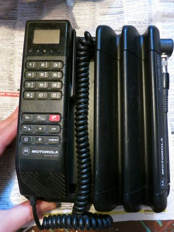Inne rodzaje Древняя первая мобилка Motorola Associate 2000: 2 800 грн UT87