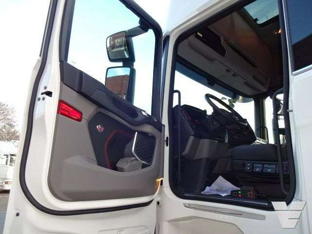 "Scania S580 A6x2NB ""Next Gen"" New ""Buffl Edition #1"" - 2018 - image 5"