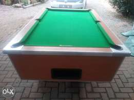 Easi 8, Coin operating Pool Table