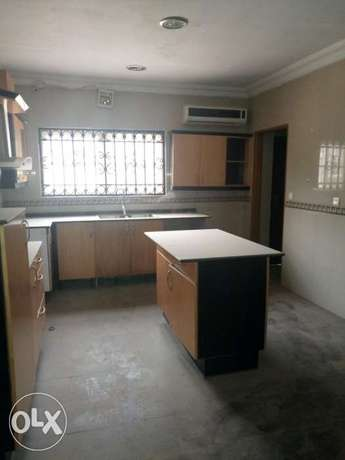 Lovely four bedrooms serviced duplex for rent at katampe diploma zone Abuja - image 2