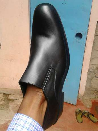 Rubber sole formal shoes for men. Brand new. FREE DELIVERY. Nairobi CBD - image 5
