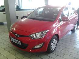 2013 Hyundai i20 facelift 1.6 Hatchback for sale R110 000