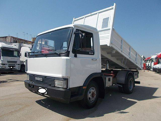 Iveco 50-10 RIBALTABILE TRILATERALE 3.40 MT - 1978