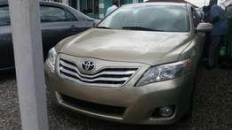 Tokunbo Toyota Camry XLE, DVD, Camera, Bluetooth, V6 Engine, Leather