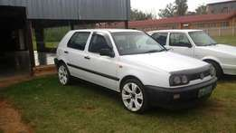 VW golf 1.8 in good condition!!
