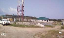 722sqm of land with Glo mast for sale