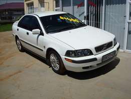 2004 Volvo S40 2,0iT (Automatic) R49500