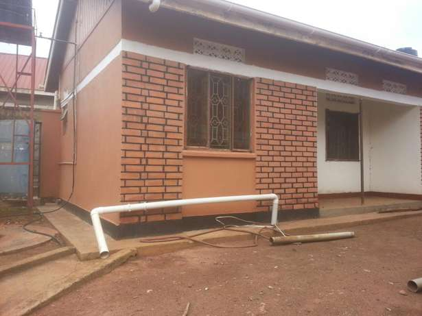 Two bedroomed house behind redpaper Kampala - image 2