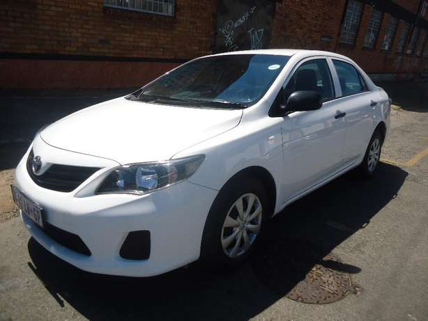 2015 Toyota Corolla Quest 1.6 Available for Sale Johannesburg - image 3