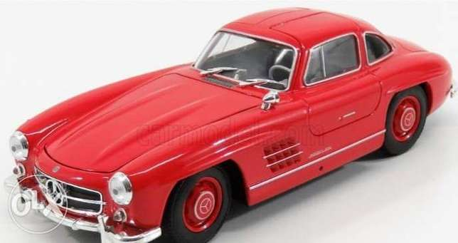 Mercedes Benz 300SL diecast car model 1:24.