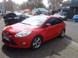 2011 ford focus 1.6 sport red colour