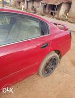Neatly Used Nissan Altima available for sale