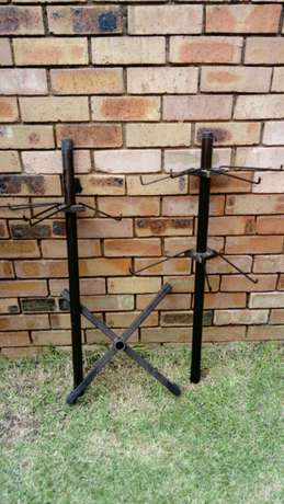 Tall Display Stand with 12 detachable hooks Witbank - image 3