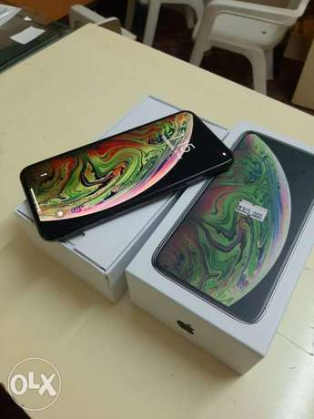 iPhone XS Max 256gb with warranty box and all accessories original