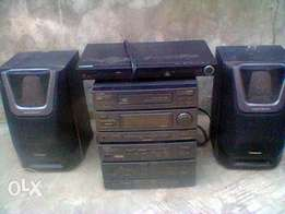 Samsung dvd with two step of compact disc stereo system