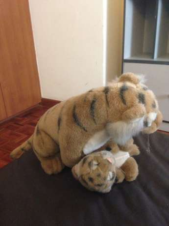 Tiger mother and cub doll Westlands - image 2
