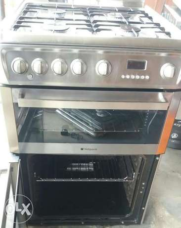 Hotpoint stainless gas cooker Surulere - image 3