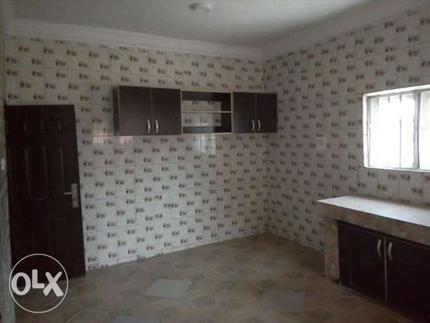 New 3bedroom block of flat to let at Kapowa behind Fmr IGP house Lugbe Lugbe - image 2