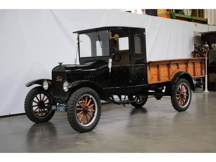 Ford MODEL TT - 1923
