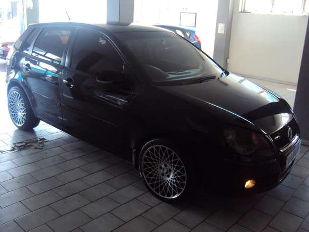 2009 VW Polo 1.4 Trendline for sell R80000 Bruma - image 3
