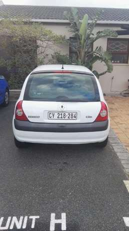 White 2006 Renault Clio for Sale!! Table View - image 2