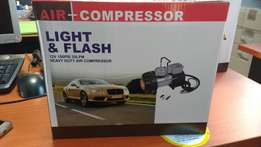 Light and flash air compressor