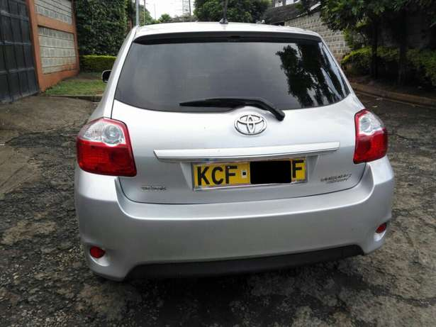 Silver Toyota Auris For Sale. Great Deal!!! Hurlingham - image 2
