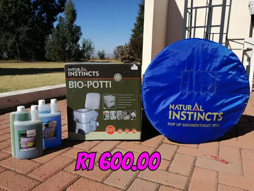 Camping Portable toilet, comes with chemicals and pop up toilet tent ...