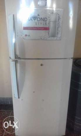 LG fridge for sale double door Bamburi - image 1