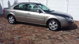 Ford Mondeo Ghia (1 owner vehicle) for sale