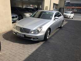 2005 Mercedes benz cls 350. 149 000km ultimate luxury vehicle all the