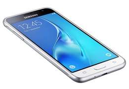 Samsung Galaxy J3 brand new and seald in ashop free delivery