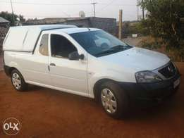 Nissan np200 bakkie with closed canopy for sale