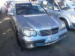 2004 Mercedes-Benz C180 Kompressor R52,000