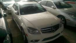 Clean and sound Mercedes Benz 2008 for sale