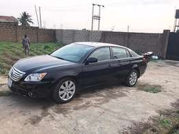 Neatly Used Toyota Avalon (2006)