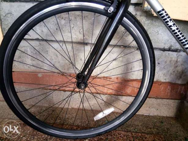 Single Speed Aluminium Race Bike Nairobi CBD - image 3
