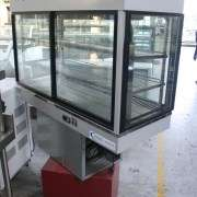 Table model Cake display fridge for sale
